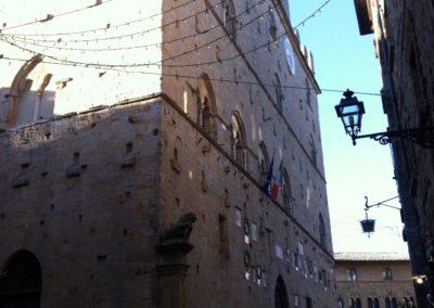 Volterra palazzo dei priori 5